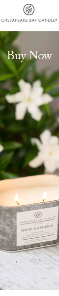 White Gardenia Candle of the Heritage Collection by Chesapeake Bay Candle